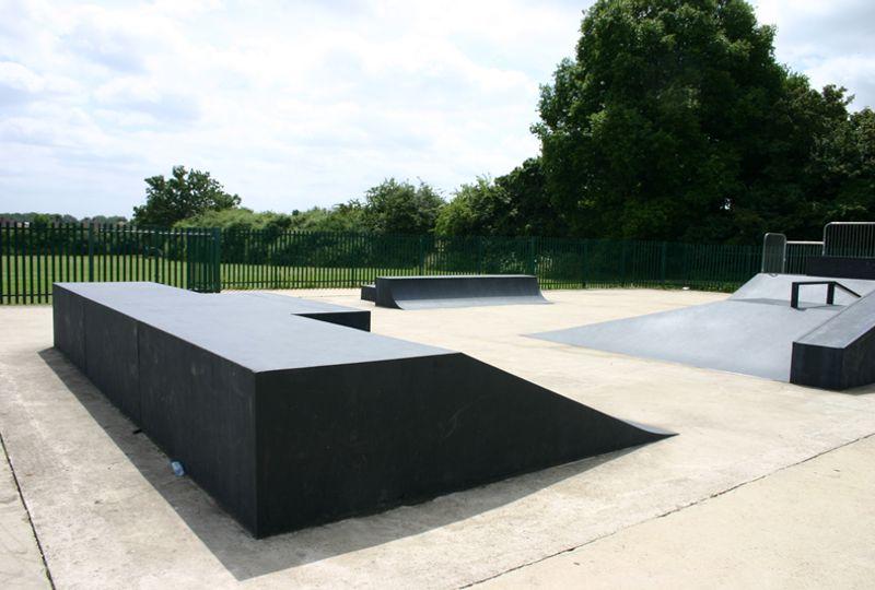 Photo of Pole Hill, Uxbridge Skatepark Skatepark